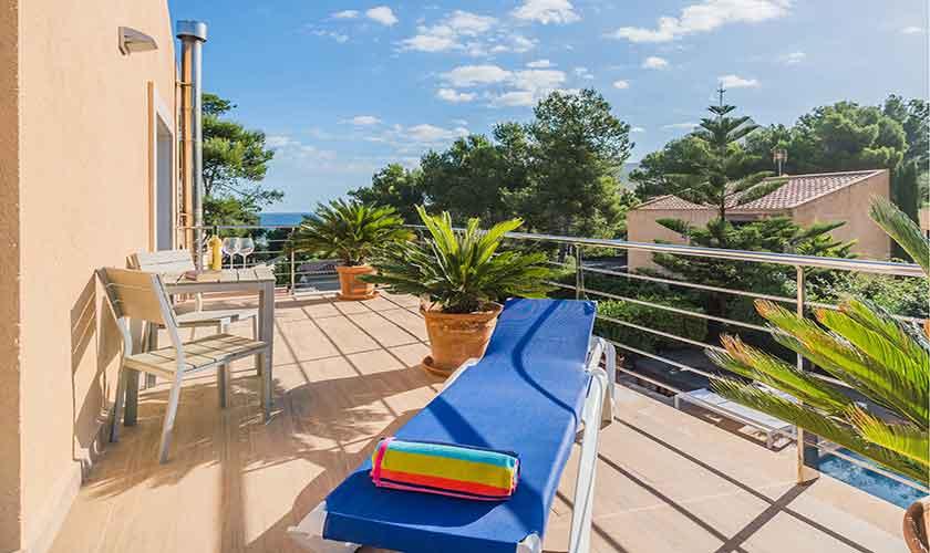 Terrasse oben Ferienvilla Mallorca Norden PM 3410