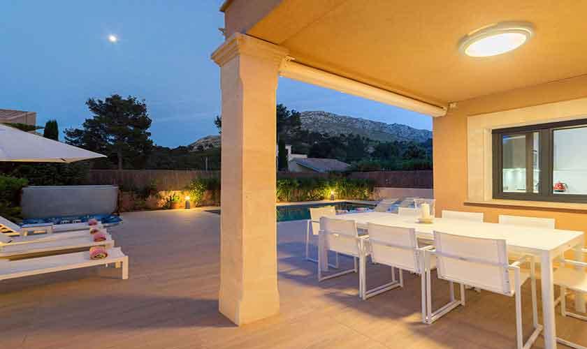 Esstisch Terrasse Ferienvilla Mallorca Norden PM 3410