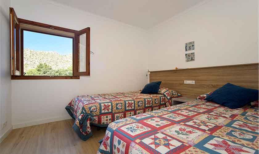 Schlafzimmer Ferienhaus Mallorca Norden PM 3415