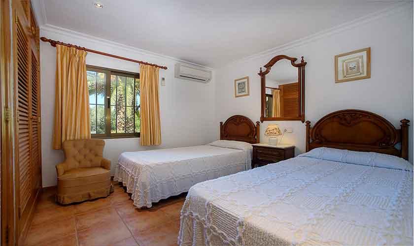 Schlafzimmer Finca Mallorca für 4-5 Personen PM 3418