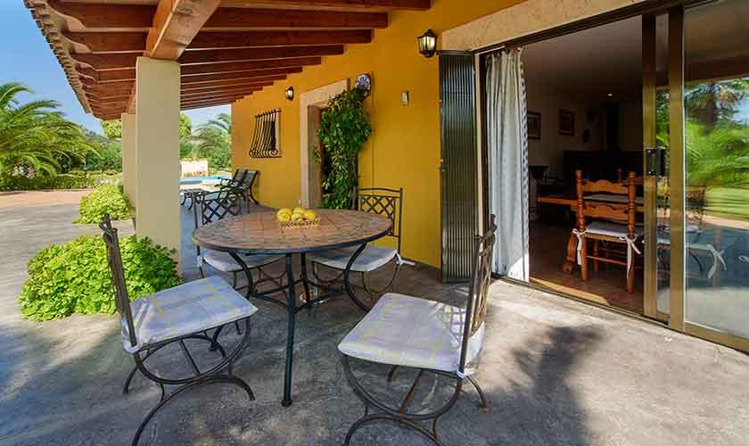 Terrasse Finca Mallorca für 4-5 Personen PM 3418