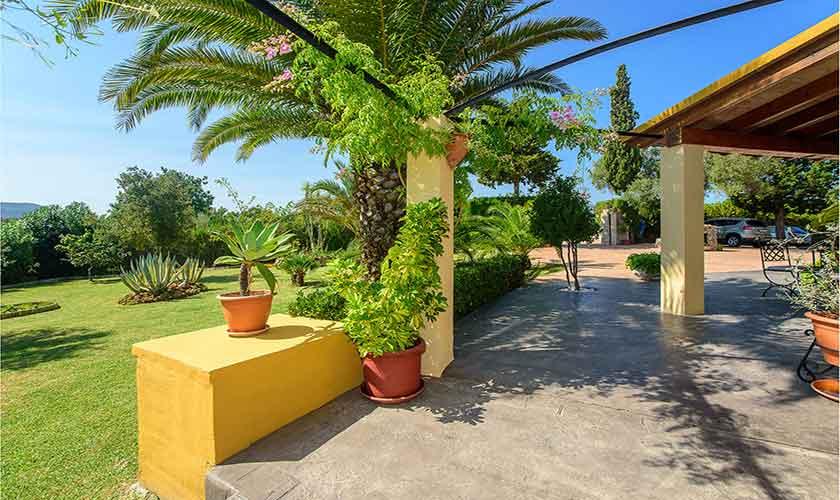 Terrasse und Garten Finca Mallorca für 4-5 Personen PM 3418