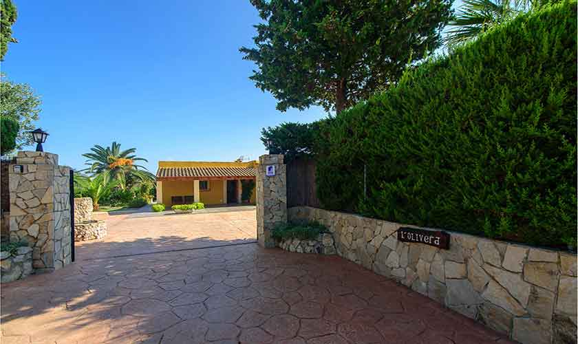 Einfahrt Finca Mallorca für 4-5 Personen PM 3418