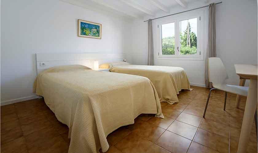 Schlafzimmer Finca Mallorca 8 Personen PM 3422