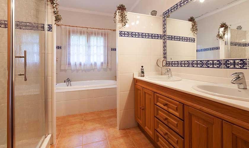 Badezimmer Ferienfinca Mallorca PM 3425