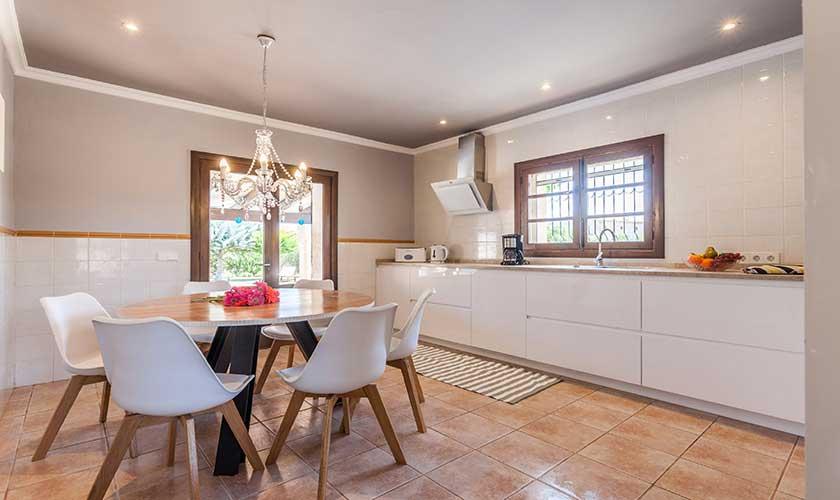Küche Finca Mallorca 6 Personen PM 3502