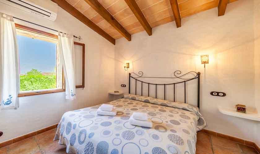 Schlafzimmer Finca Mallorca Norden PM 3522