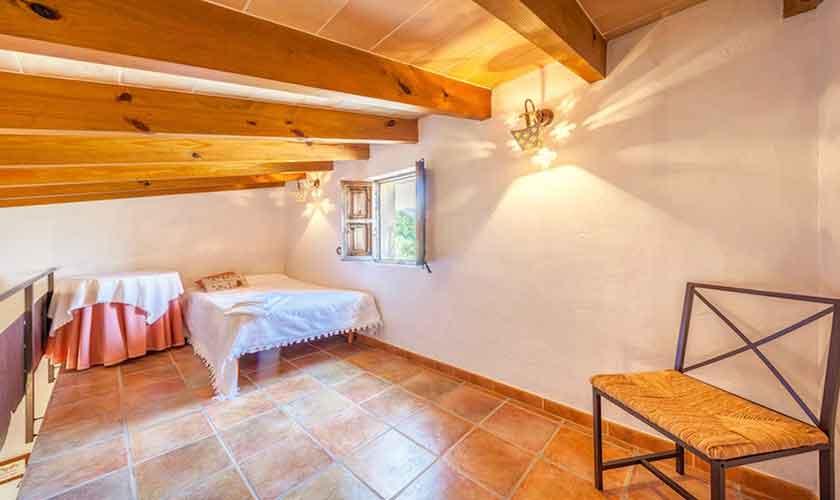 Galeria mit Einzelbett Finca Mallorca Norden PM 3522