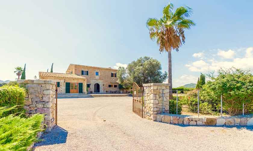 Einganstor Ferienvilla Mallorca PM 3523