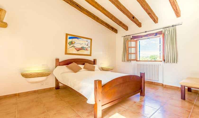Schlafzimmer Ferienvilla Mallorca PM 3523