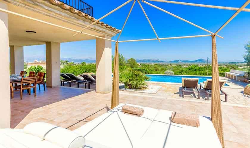 Pool und Terrasse Ferienhaus Mallorca Norden PM 3524