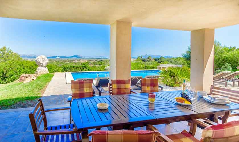 Überdachte Terrasse Ferienhaus Mallorca Norden PM 3524