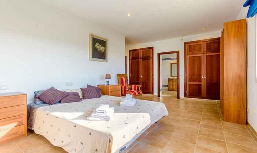 Schlafzimmer Ferienhaus Mallorca Norden PM 3524