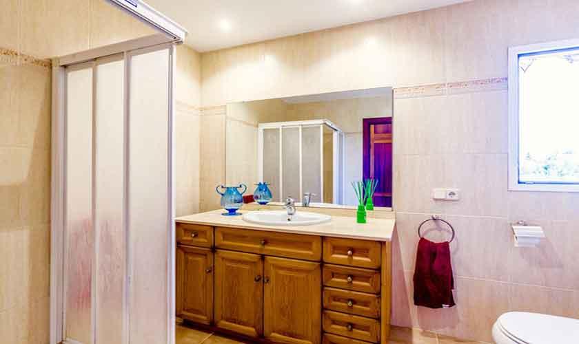 Badezimmer Ferienhaus Mallorca Norden PM 3524