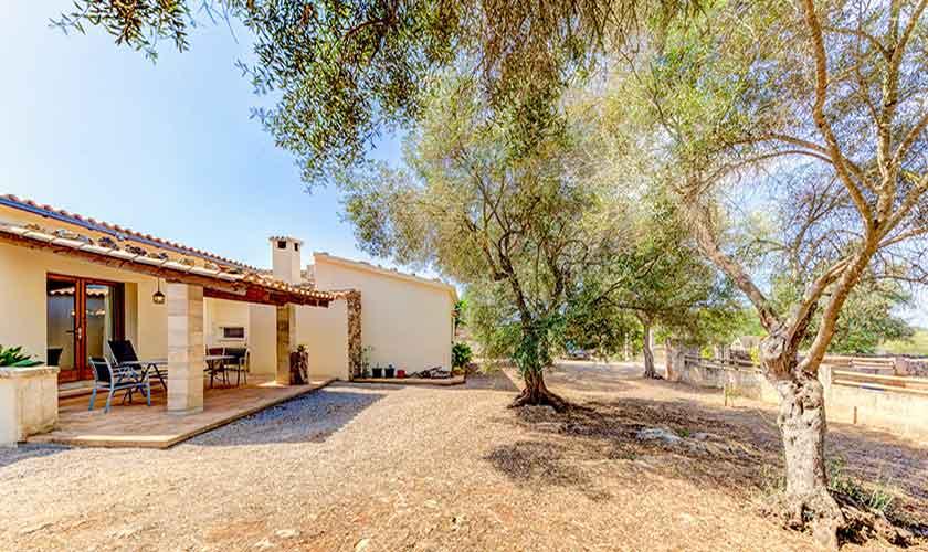 Blick auf die Finca Mallorca bei Santa Margalida PM 3525