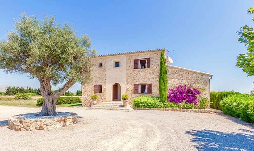 Blick auf die Finca Mallorca für 8 Personen PM 3527