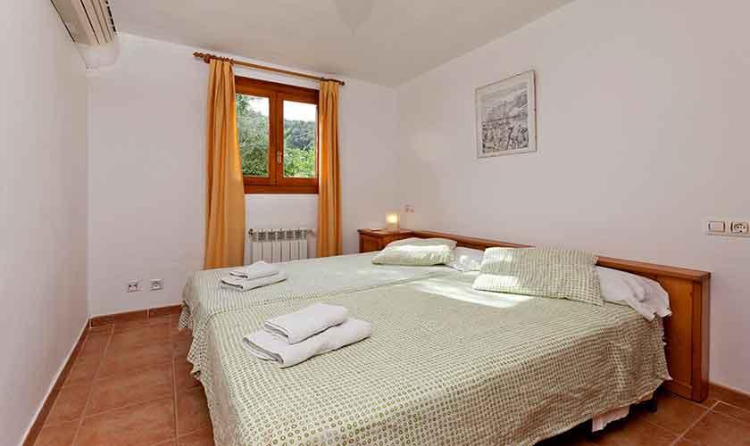 Schlafzimmer Finca Mallorca PM 353