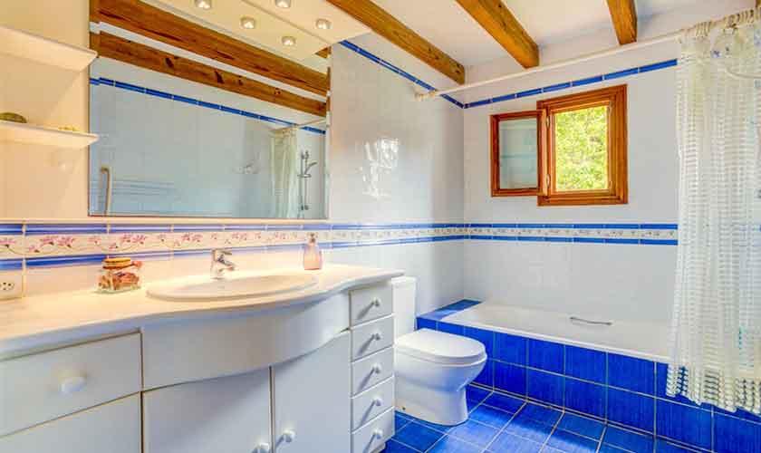 Badezimmer Ferienhaus Mallorca bei Alcudia PM 3530