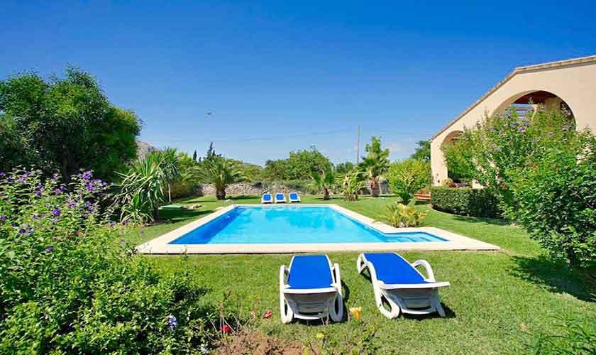 Poolblick Ferienhaus Mallorca bei Alcudia PM 3530