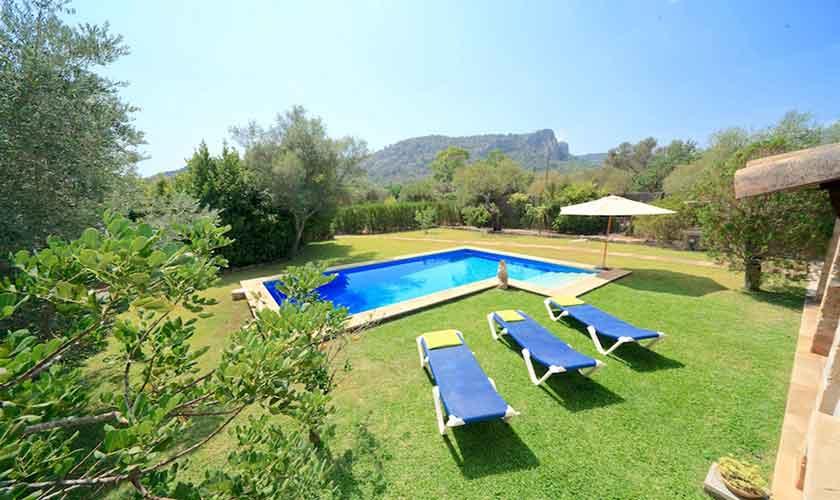 Pool und Liegen Finca Mallorca 6 Personen PM 3531
