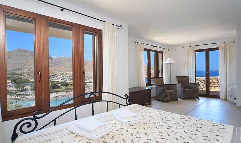 Schlafzimmer Ferienvilla Mallorca PM 3532