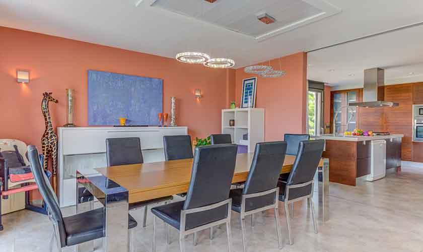 Esstisch Ferienhaus Mallorca bei Alcudia PM 3533