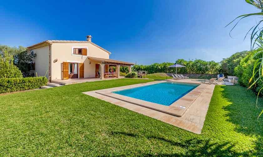 Pool und Garten Finca Mallorca für 8 Personen PM 3534