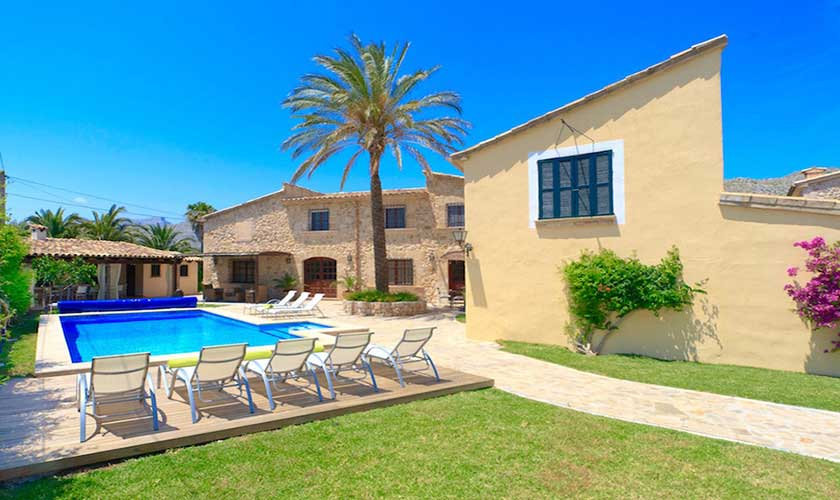 Pool und Rasen Finca Mallorca PM 3535