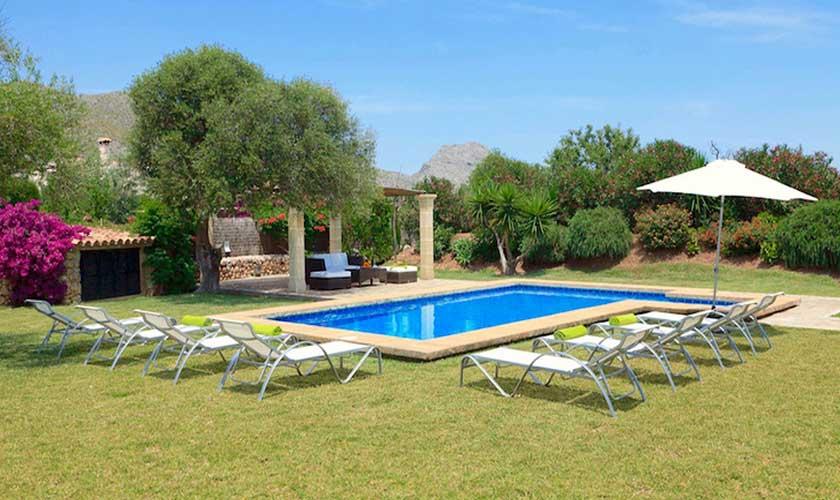 Pool und Liegen Finca Mallorca Pollensa PM 3536