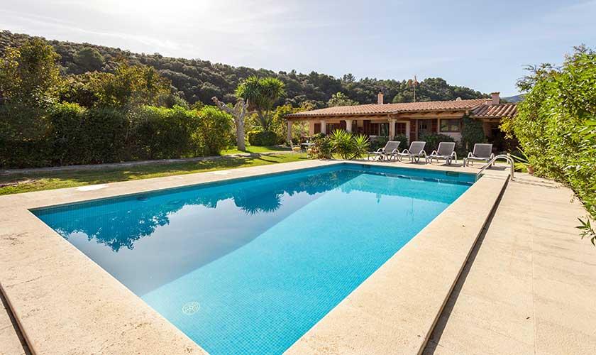 Pool und Finca Mallorca bei Pollensa PM 3537