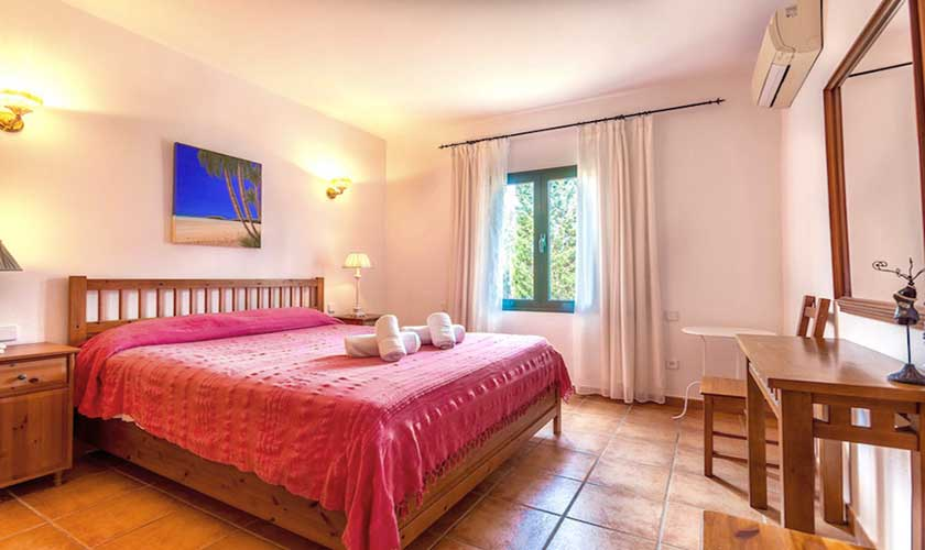 Schlafzimmer Finca Mallorca PM 3541