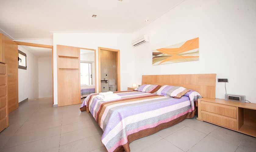 Doppelschlafzimmer Ferienhaus Mallorca PM 3542