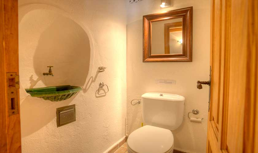 Gäste WC  Finca Mallorca 4 Personen PM 3543
