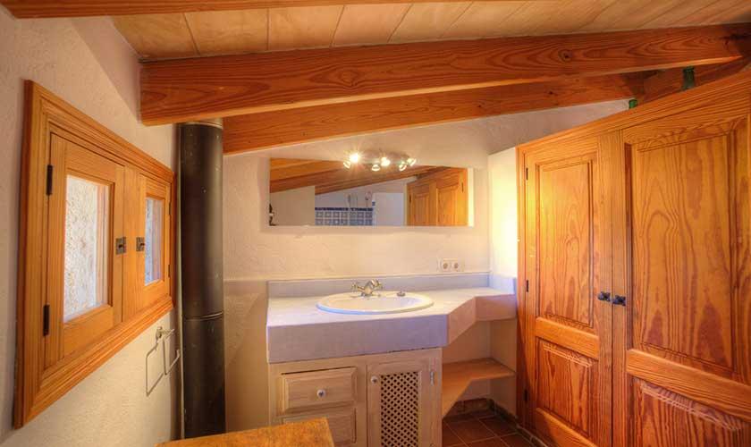 Badezimmer Finca Mallorca 4 Personen PM 3543