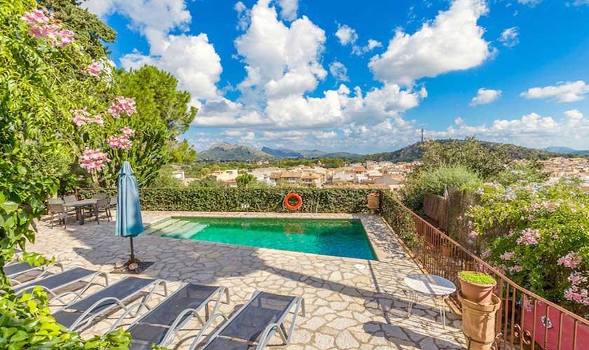 Pool und Liegen Ferienhaus Mallorca Pollensa PM 3544