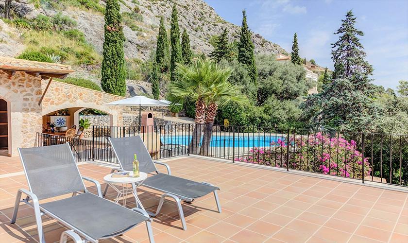 Terrasse und Pool Ferienvilla Mallorca PM 3545