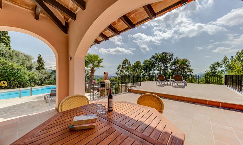 Überdachte Terrasse Ferienvilla Mallorca PM 3545