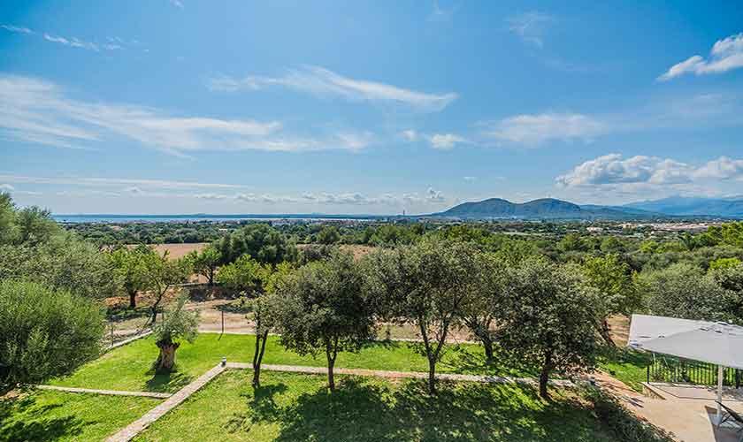 Blick in die Landschaft Villa Mallorca 12 Personen PM 3601