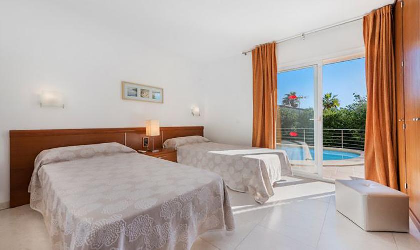 Schlafzimmer Ferienvilla Mallorca Meerblick PM 3653