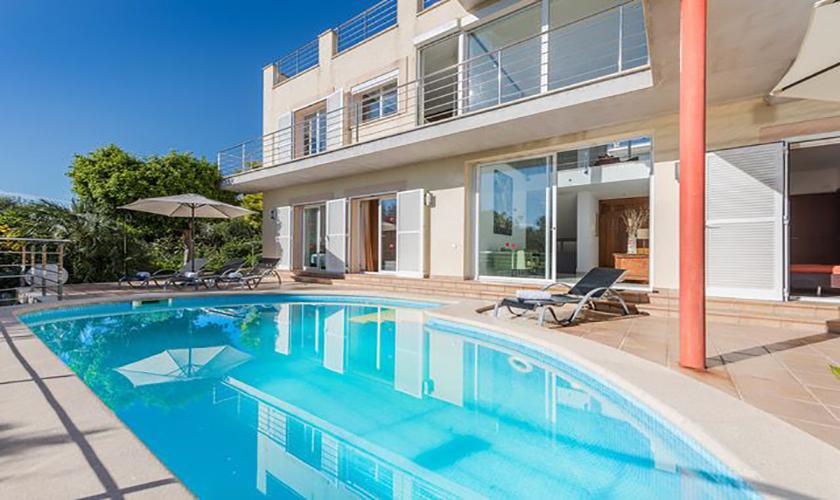 Pool und Ferienvilla Mallorca Meerblick PM 3653