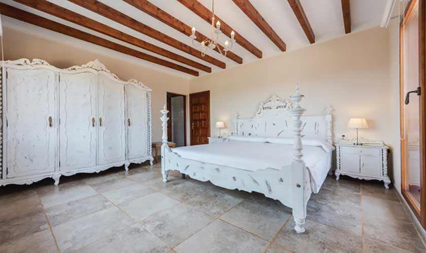 Schlafzimmer Finca Mallorca bei Muro PM 3657