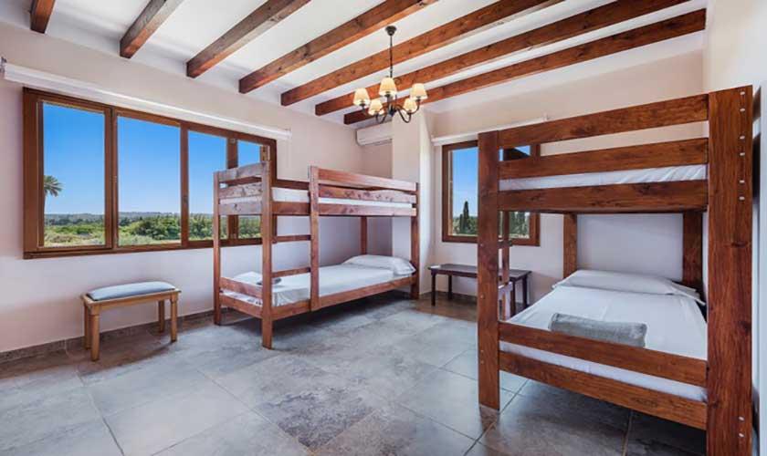 Schlafzimmer Etagenbetten Finca Mallorca bei Muro PM 3657