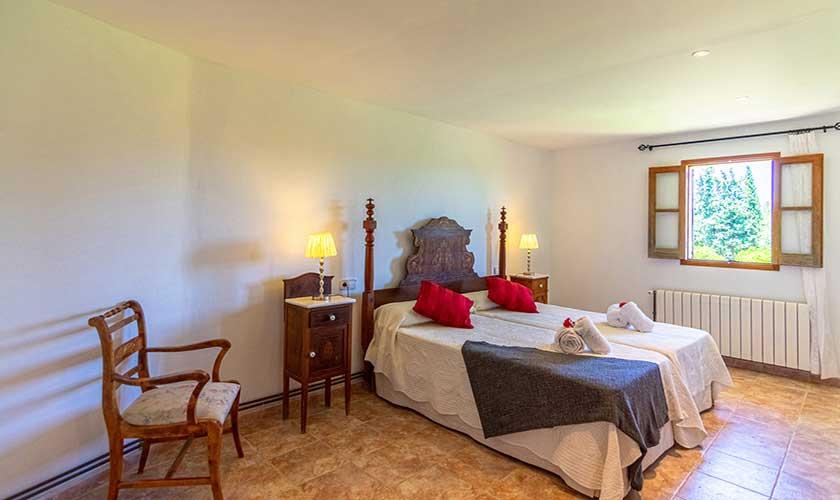 Schlafzimmer Finca Mallorca PM 3660