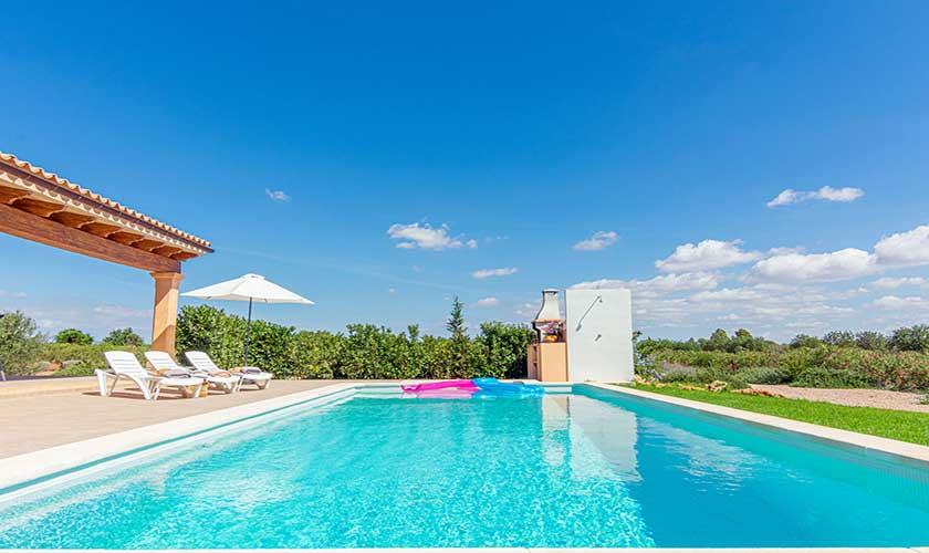 Poolblick und Finca Mallorca PM 3702