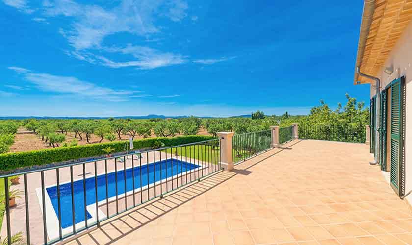 Blick auf den Pool Finca Mallorca PM 3705