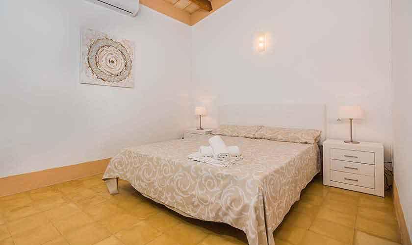 Schlafzimmer Ferienhaus Mallorca Norden PM 3735