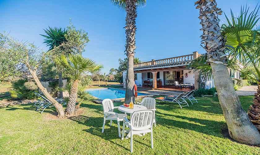 Garten und Pool Finca Mallorca Norden PM 3522