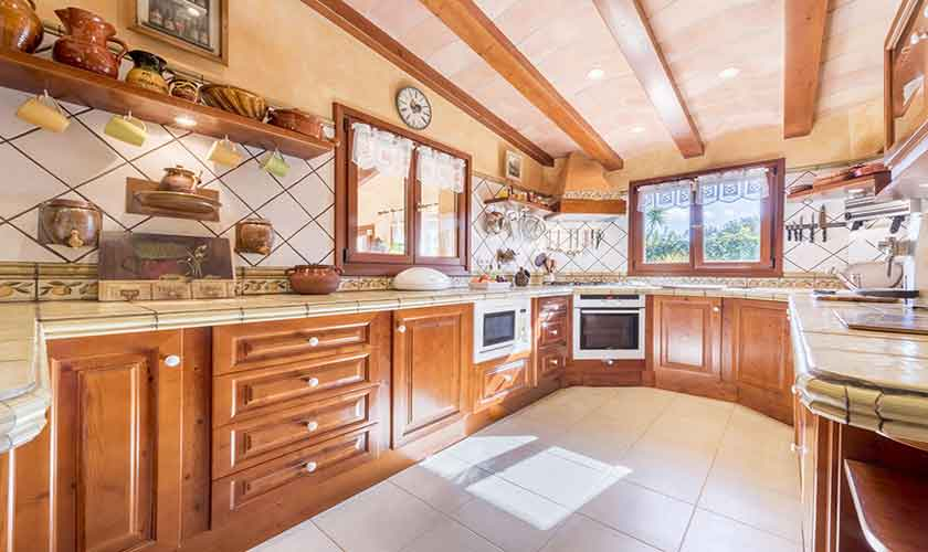 Küche Finca Mallorca 6 Personen PM 3765