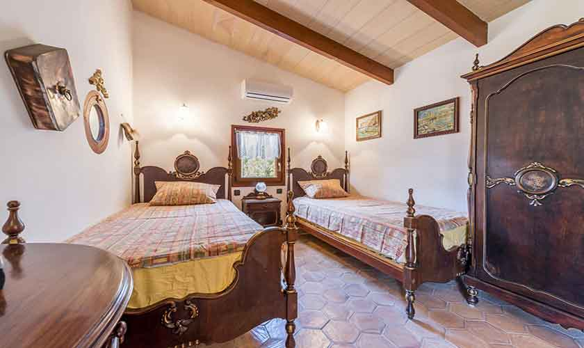Schlafzimmer Finca Mallorca 6 Personen PM 3765