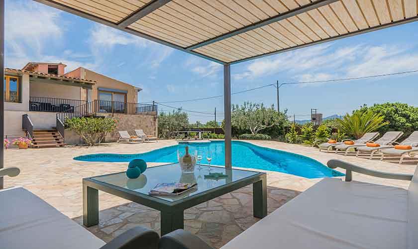 Pool und Terrasse Finca Mallorca Norden PM 3781